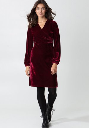 OLIVETTA - Jersey dress - red