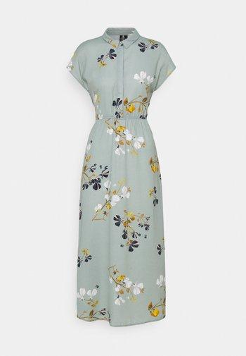 VMHALLIE LONG TIE DRESS - Skjortklänning - green milieu