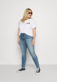 Tommy Jeans Curve - SYLVIA SKINNY - Jeans Skinny Fit - arden - 1