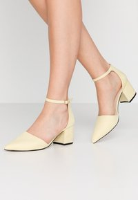 Bianco - BIADIVIVED - Classic heels - yellow - 0