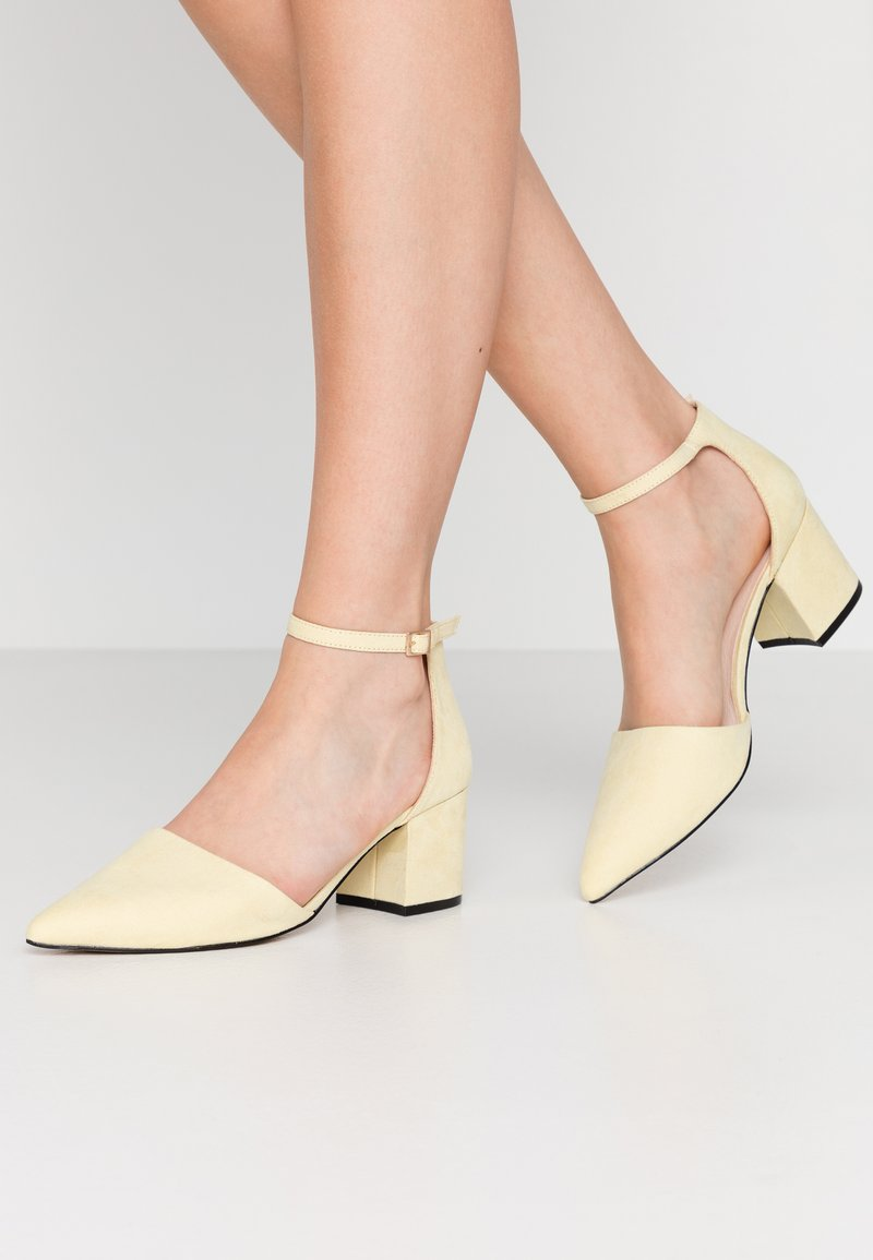 Bianco - BIADIVIVED - Classic heels - yellow