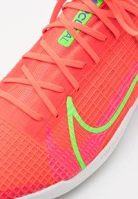 Nike Performance - MERCURIAL ZOOM VAPOR 14 PRO IC - Indoor football boots - bright crimson/metallic silver - 5