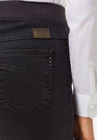 BRAX - STYLE PAMINA - Slim fit jeans - anthra - 3