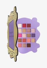 Make up Revolution - REVOLUTION X FRIENDS OPEN THE DOOR SHADOW PALETTE - Eyeshadow palette - - - 0