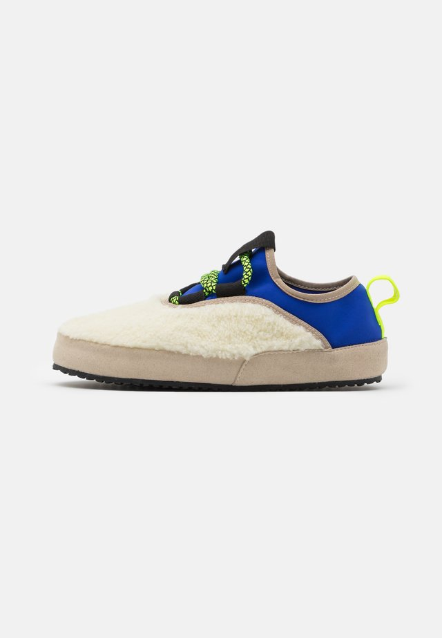 TECNO  - Slippers - offwhite