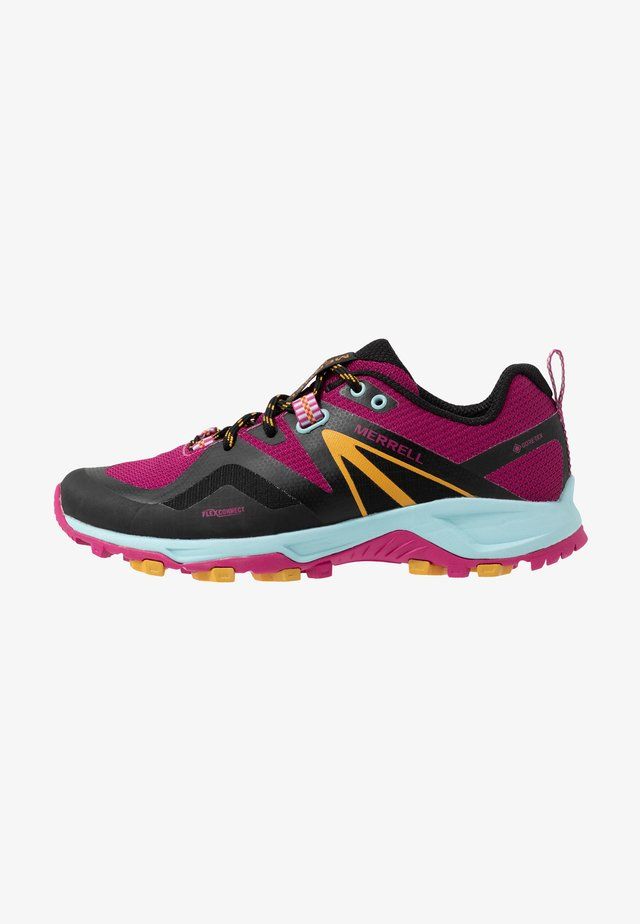 MQM FLEX 2 GTX - Hiking shoes - fuchsia