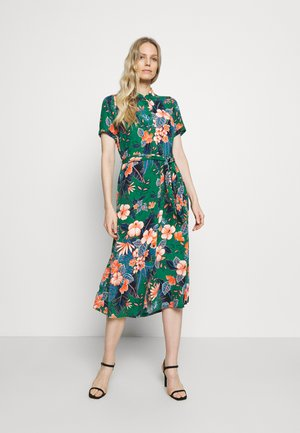 DRESS LILO - Shirt dress - fern green
