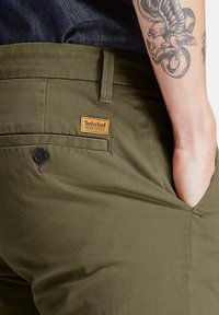 Timberland - Chinos - grape leaf - 4