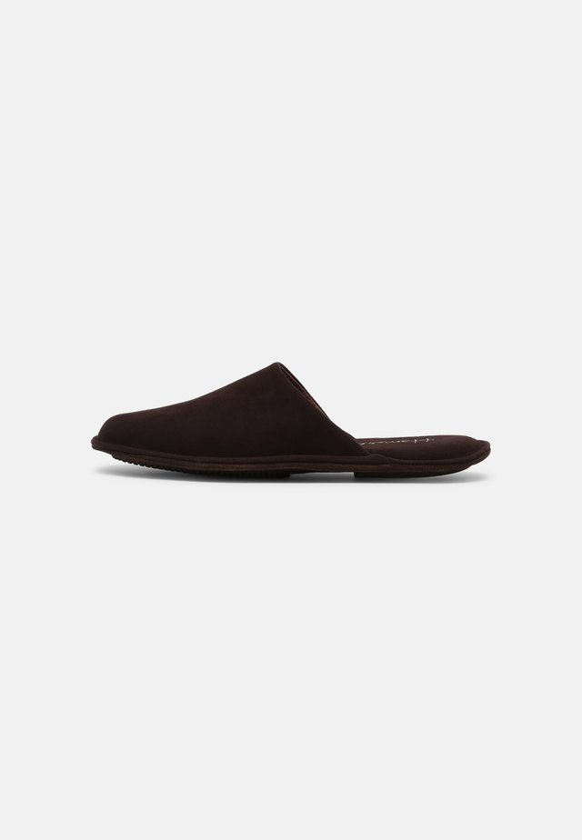 Chaussons - brown
