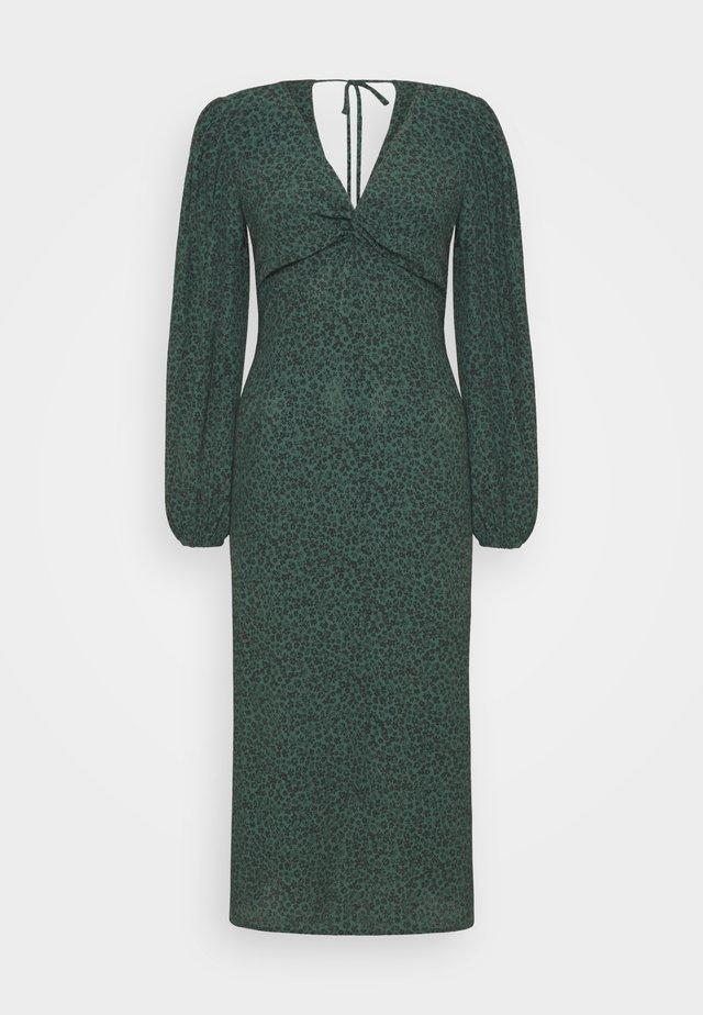 PRINTED DRESS - Denní šaty - green
