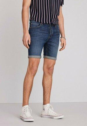 AUTHENTIC VINTAGE - Denim shorts - dark blue