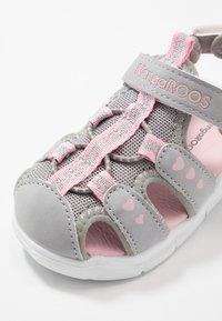 KangaROOS - K-MINI - Sandals - vapor grey/english rose - 2