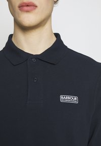 Barbour International - Polotričko - navy - 4