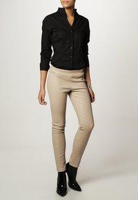 Seidensticker - Button-down blouse - black - 1