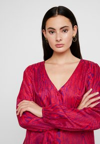 Fabienne Chapot - BLOUSE - Bluse - deep fuchsia/purple - 4