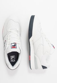 Fila - NETPOINT - Sneakers laag - white/navy/red - 1