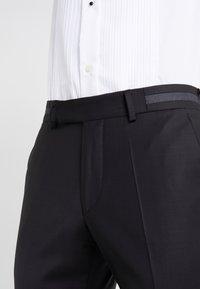 KARL LAGERFELD - SUIT VIBRANT - Dress - black - 7