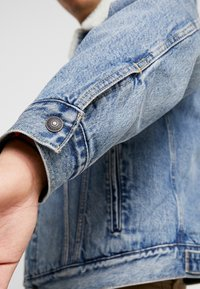 Levi's® - VIRGIL TRUCKER - Jeansjacka - blue denim - 5