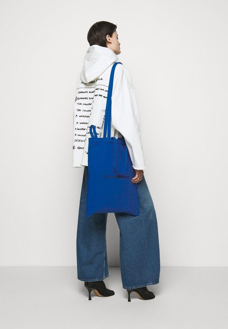 MM6 Maison Margiela - BORSA - Tote bag - blue