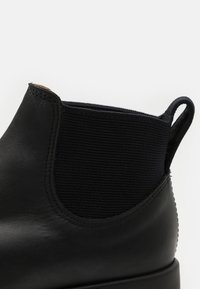 R. M. WILLIAMS - THE YARD BOOT 365 UNISEX - Classic ankle boots - black - 5