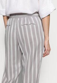 More & More - TROUSER - Trousers - new grey - 3