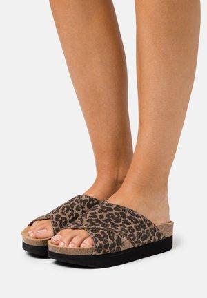Slippers - beige/black