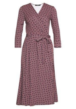 OXIRIA - Sukienka z dżerseju - altrosa