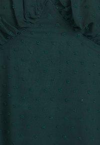 Missguided Petite - MILKMAID SKATER DRESS DOBBY - Kjole - dark green - 2