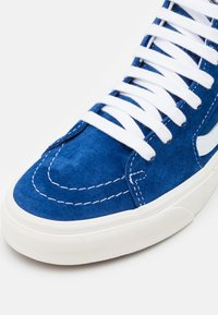 Vans - UA SK8 UNISEX - High-top trainers - limoges/snow white - 5