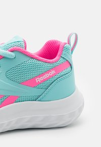 Reebok - RUSH RUNNER 3.0 UNISEX - Neutral running shoes - pink/white - 5