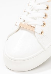 New Look - MIDS - Sneakers laag - white - 2