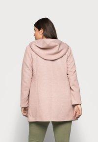 ONLY Carmakoma - CARSEDONA LIGHT COAT - Short coat - mocha mousse - 2