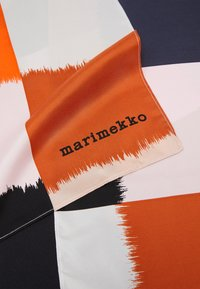 Marimekko - MAINI OSTJAKKI SCARF - Foulard - pink/black/brown - 2