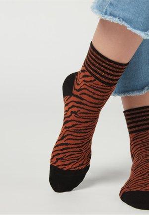MIT ANIMALMUSTER - Socks - denim dark