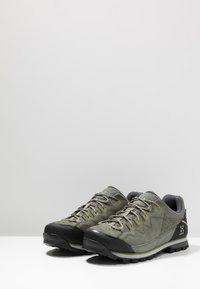 Haglöfs - VERTIGO PROOF ECO - Hiking shoes - lite beluga - 2
