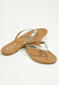 White Sun - BOAVISTA  - T-bar sandals - silver - 2