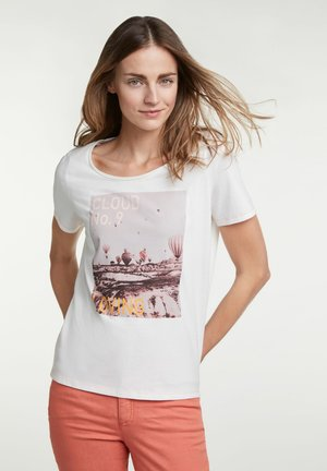 CLOUD NO. 9 - Print T-shirt - cloud dancer