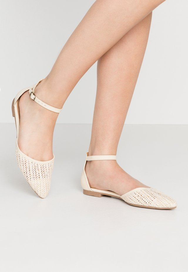 ANKLE STRAP - Ankle strap ballet pumps - offwhite