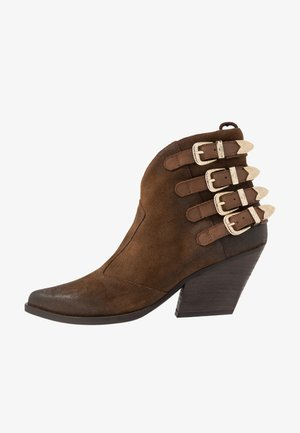 SPOW - Ankle boots - brown