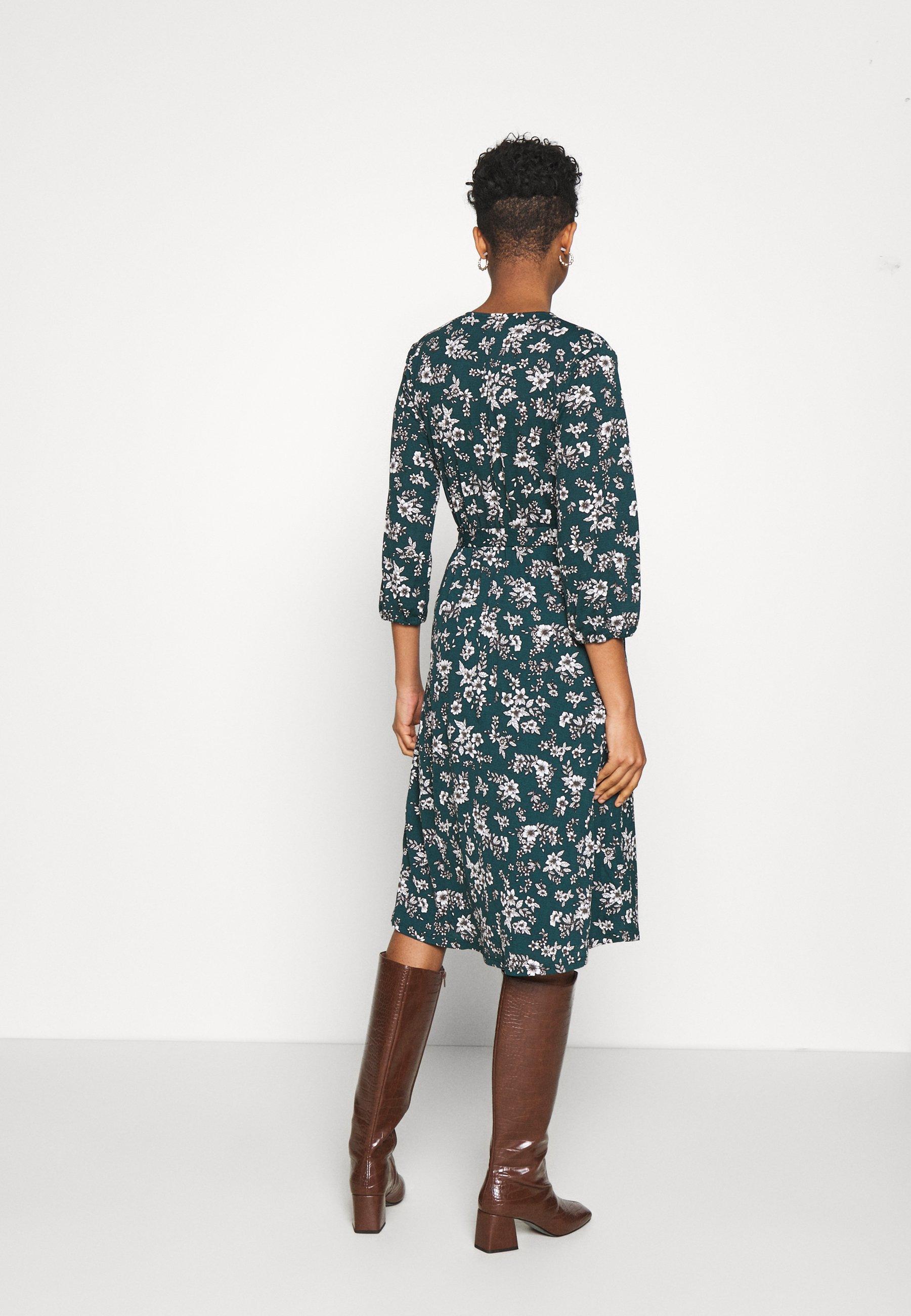Vila VILITIN MIDI DRESS Jerseykleid ponderosa pine/grün