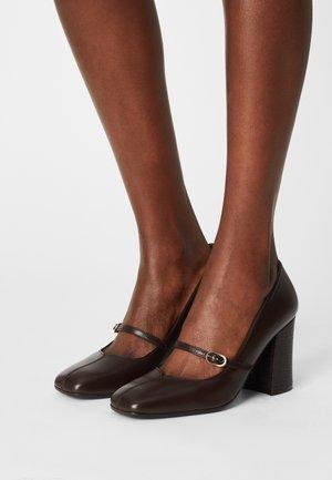 RABEL39 - Tacones - dark brown