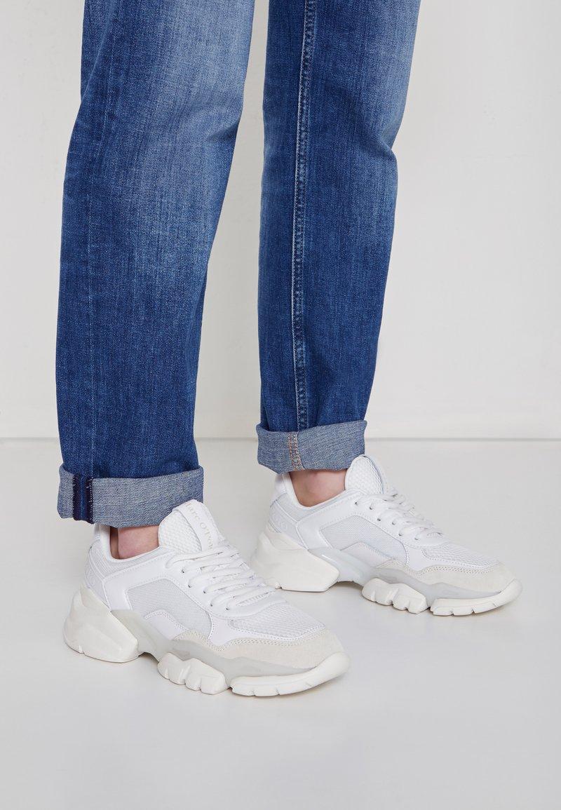Marc O'Polo - JULIA - Sneakers basse - white
