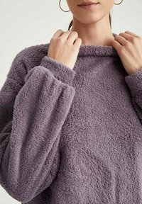 DeFacto - Fleece jumper - purple - 3