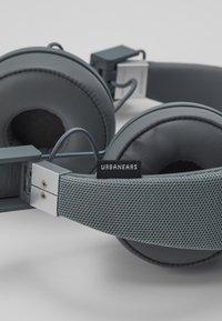 Urbanears - PLATTAN 2 BLUETOOTH - Headphones - dark grey - 6