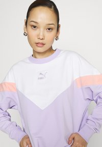 Puma - ICONIC CROPPED CREW - Sweater - light lavender - 3