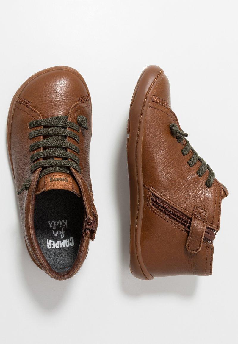 Camper - PEU CAMI KIDS WARM LINING - Volnočasové šněrovací boty - medium brown