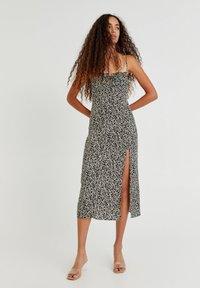 PULL&BEAR - Day dress - mottled black - 1