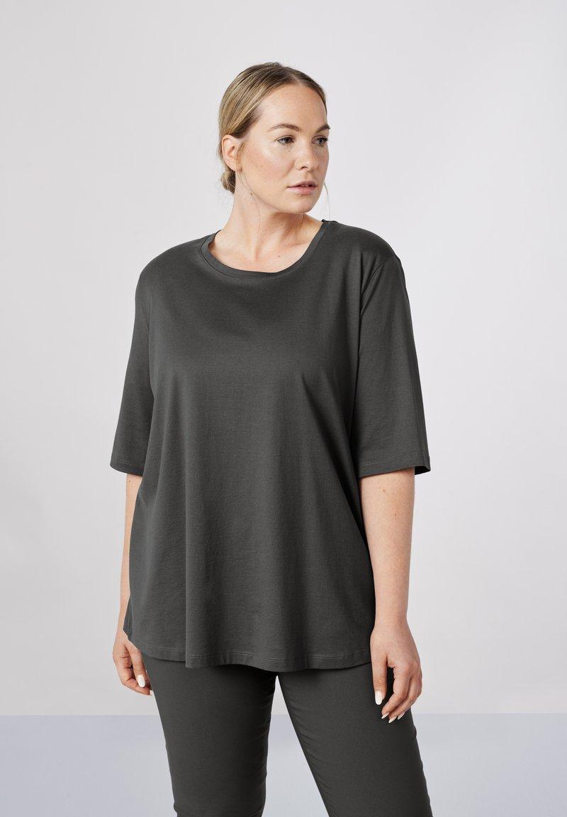 Sallie Sahne - MILY - Basic T-shirt - graphite