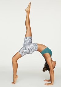 OYSHO - FLORAL PRINT CYCLE SHORTS - Sports shorts - white - 4