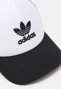 adidas Originals - TRUCKER - Caps - black/white - 3